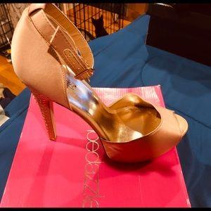 Shoe dazzle elyse excellent condition size 10